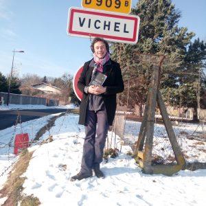 Lancement De 36 Photos Pour La Révolution Du Sourire à Vichel
